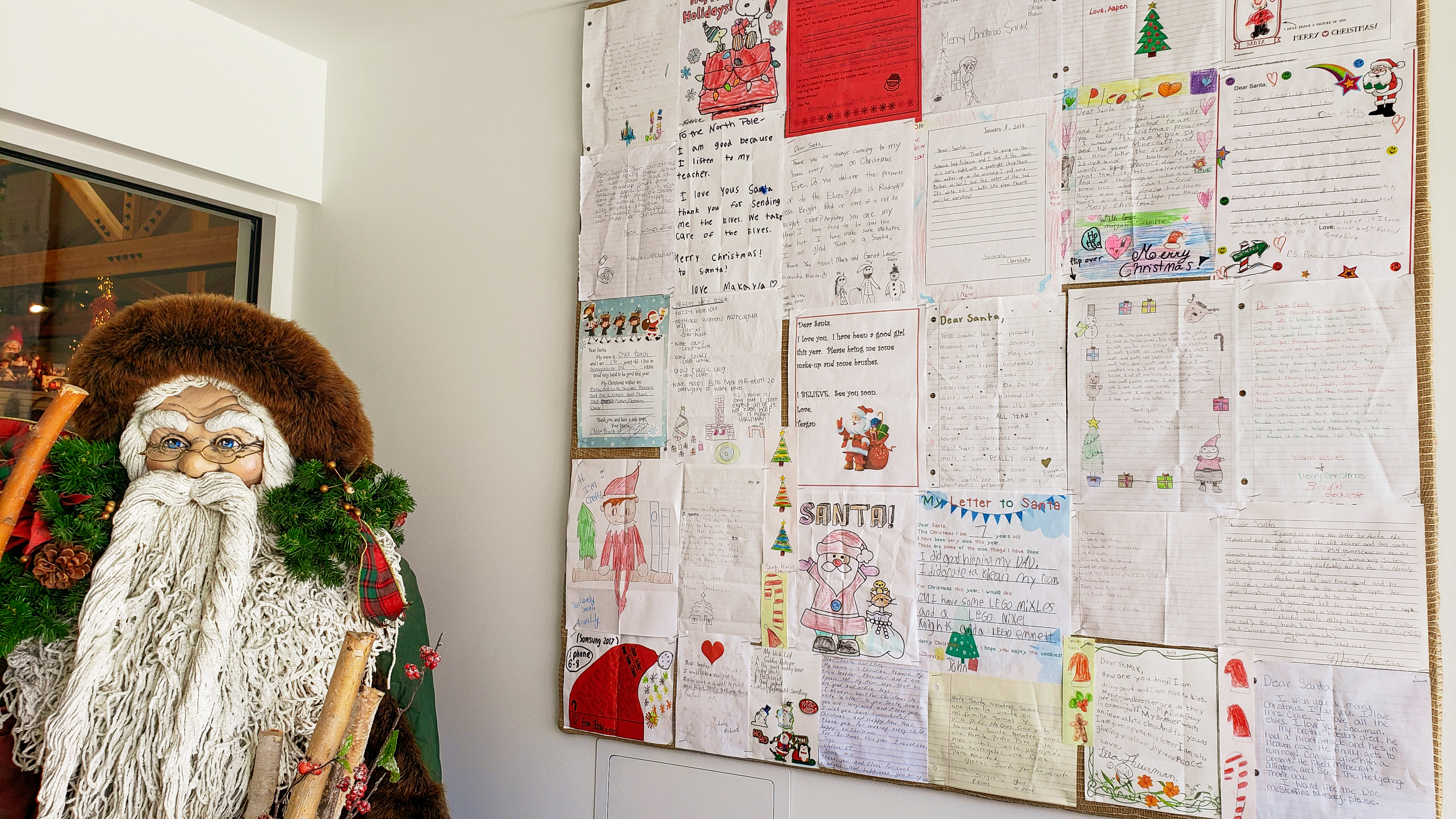Letters from children to Santa